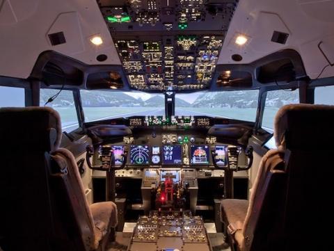 استارت اپ سازنده شبیه ساز پرواز